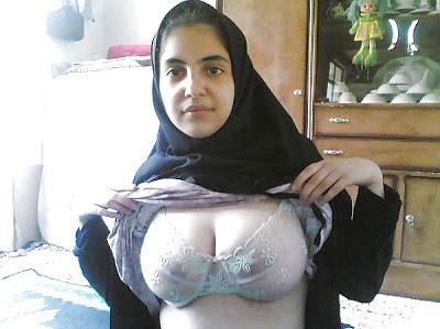 Muslim Women Porn Image 40