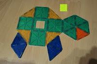 Schildkröte: Playbees 100 Teile Magnetische Bausteine Set für 2D und 3D Form Konstruktionen, Regenbogenfarben Magnetspielzeug, Baukasten Magnetspiel, Magnetbausteine
