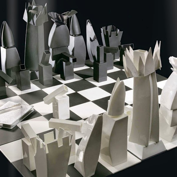 Awesome and Coolest Chess Sets (15) 8