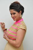 Shilpa Chakravarthy new glam pics-thumbnail-18