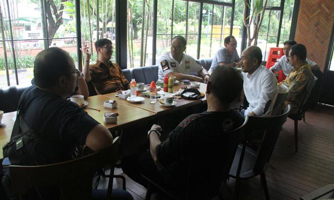 IYL-Cakka Nyantai Bareng di Mal Ratu Indah