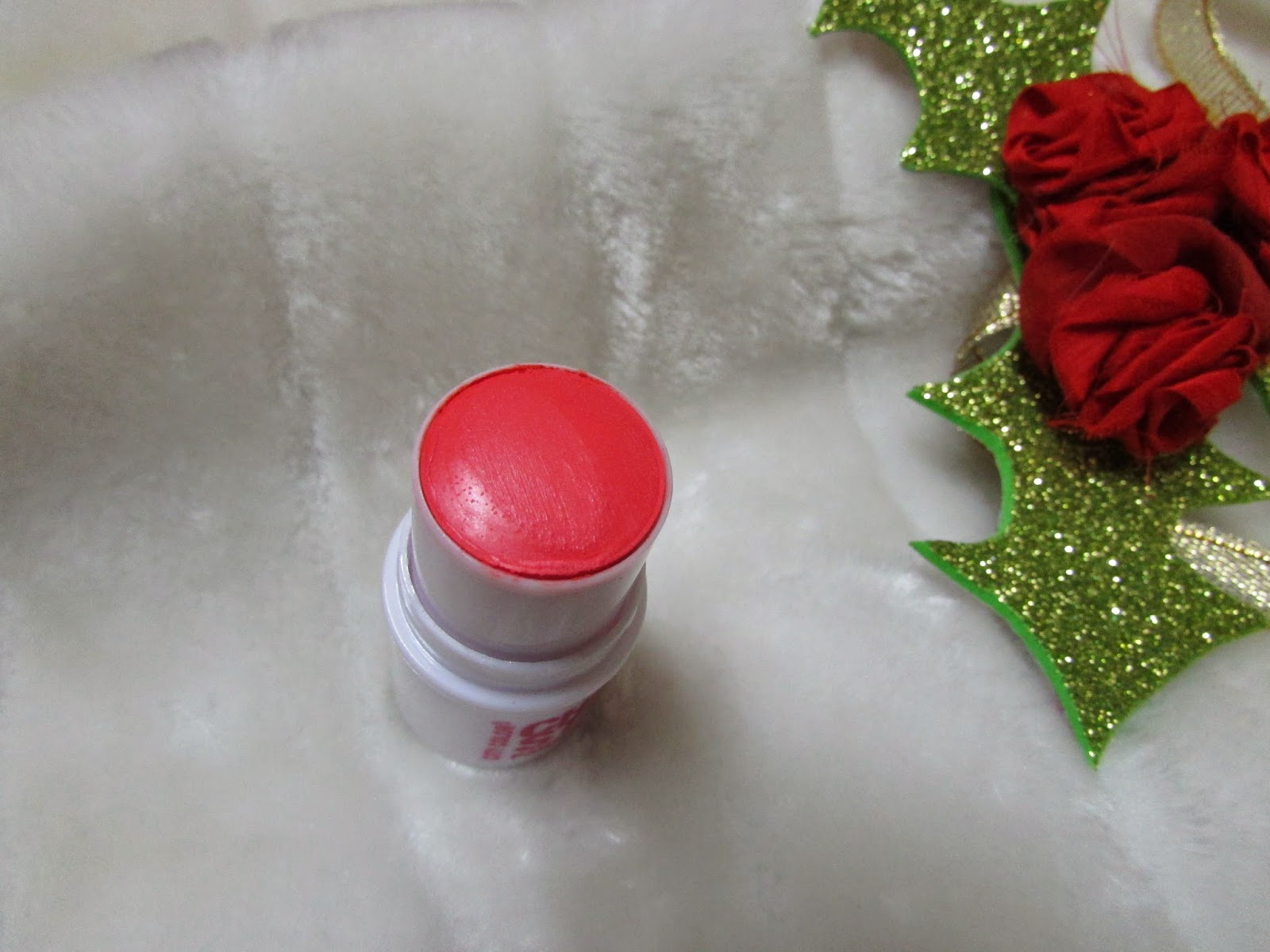 City Color, December Fab Bag price, December Fab Bag Review, Fab Bag, Fab Bag india, Fab Bag subscription, IndieEco, Kronokare, makeup monthly subscription service, Sally Hansen, IndieEco Luxury Handcrafted Candle,City Color Cheek Stain in coral,Sally Hansen Natural Nail Growth Activator,Kronokare Itsy Bitsy Nassage Addict Kit -cooling & Detoxification,Chocolato Chocolatey Christmas Gift,beauty , fashion,beauty and fashion,beauty blog, fashion blog , indian beauty blog,indian fashion blog, beauty and fashion blog, indian beauty and fashion blog, indian bloggers, indian beauty bloggers, indian fashion bloggers,indian bloggers online, top 10 indian bloggers, top indian bloggers,top 10 fashion bloggers, indian bloggers on blogspot,home remedies, how to