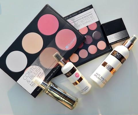 Online kupovina šminke (new in)