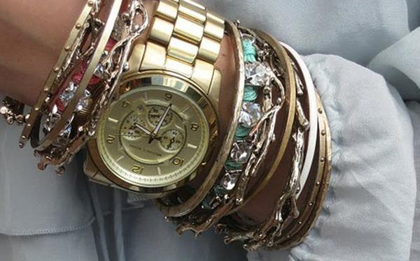771158cde674 Moda-para-mujer-subi-reloj-de-plata-dorado-con-el-Rhinestone-mujer-relojes-de-acero-inoxidable  relojes mujer dorados grandes