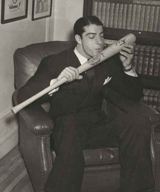 Joe Dimaggio, 15 December 1941 worldwartwo.filminspector.com