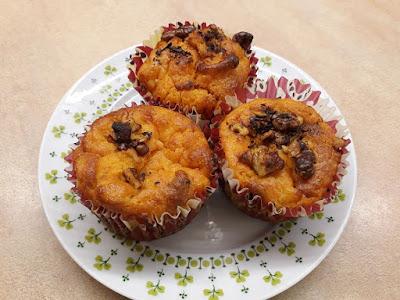 Sütőtökös-almás muffin pirított dióval