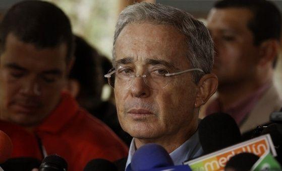 Vinculan a Uribe con el narcotráfico en los 90, anuncia EE.UU.
