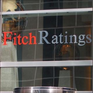 """Τρομοκρατεί η Fitch """"προβλέποντας"""" άτακτη χρεοκοπία της Ελλάδας"""