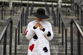 abrigo estanpado picas trebol