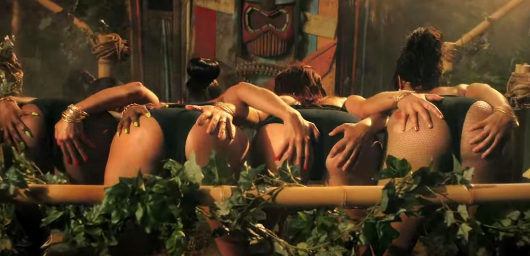Порно с участниками фильма анаконда, кончил в пизду красавице смотреть хорошего качества