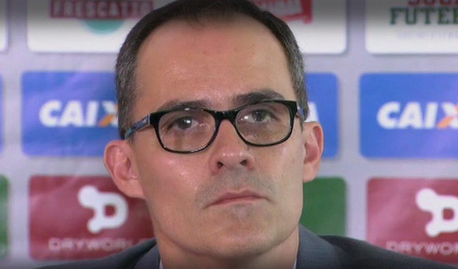 Gestão Abad  sem novas contratações no Carioca e Primeira Liga ... d6d9749109184