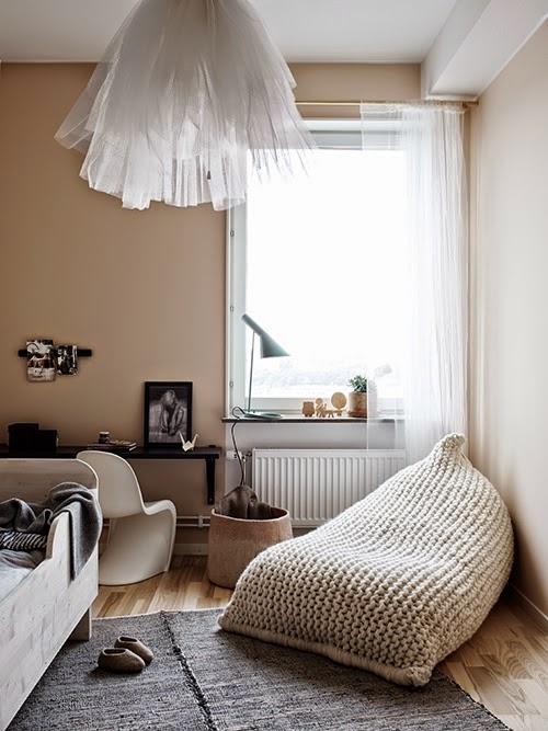 Black And Beige Living Room Decor: My Scandinavian Home: A Black, Beige And Pink Stockholm
