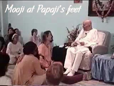 https://leokamarius.blogspot.in/2017/05/video-mooji-la-picioarele-lui-papaji.html