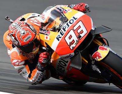 Marquez: Saya Banyak Belajar dari Rossi
