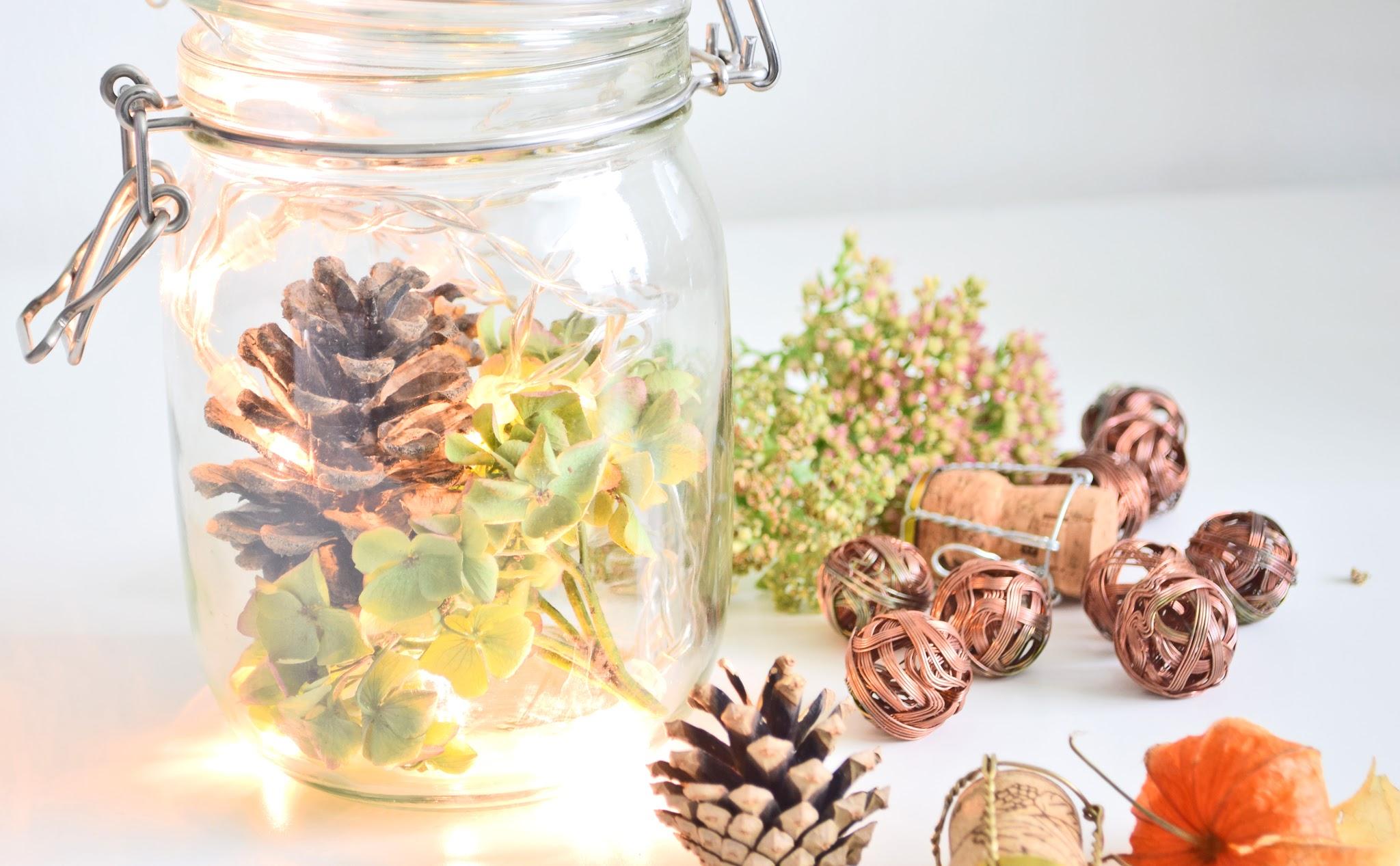 dekoracje świąteczne w słoikach