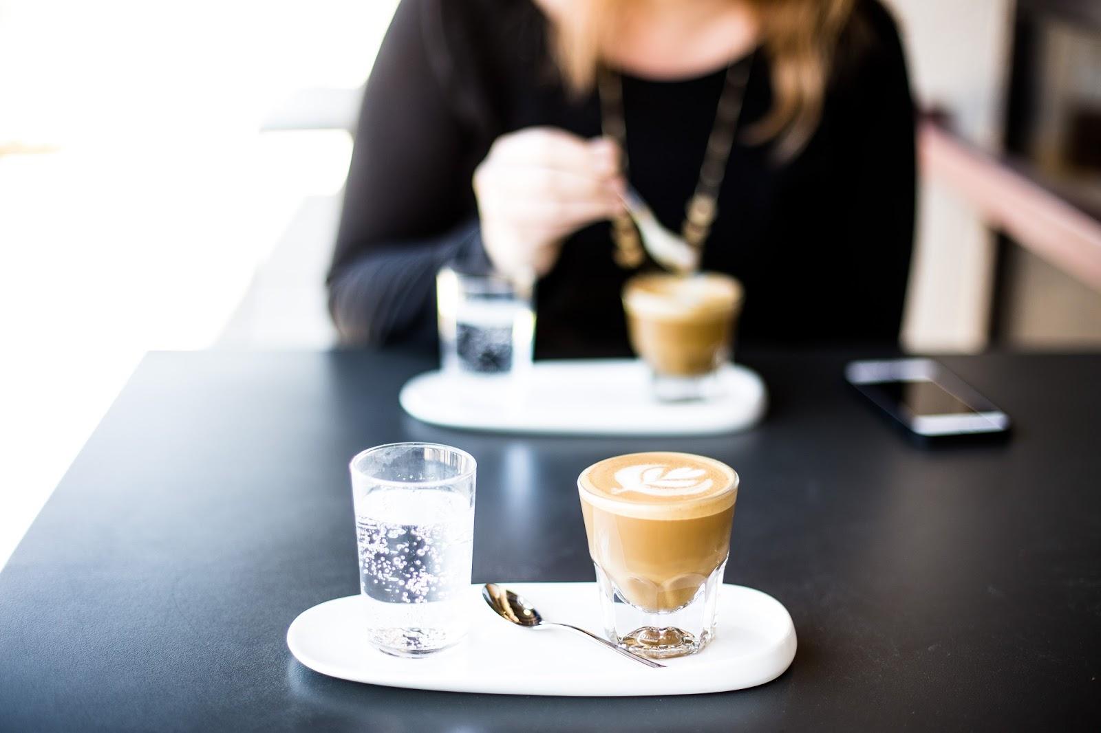 O warsztacie kryzysowym przy kawie