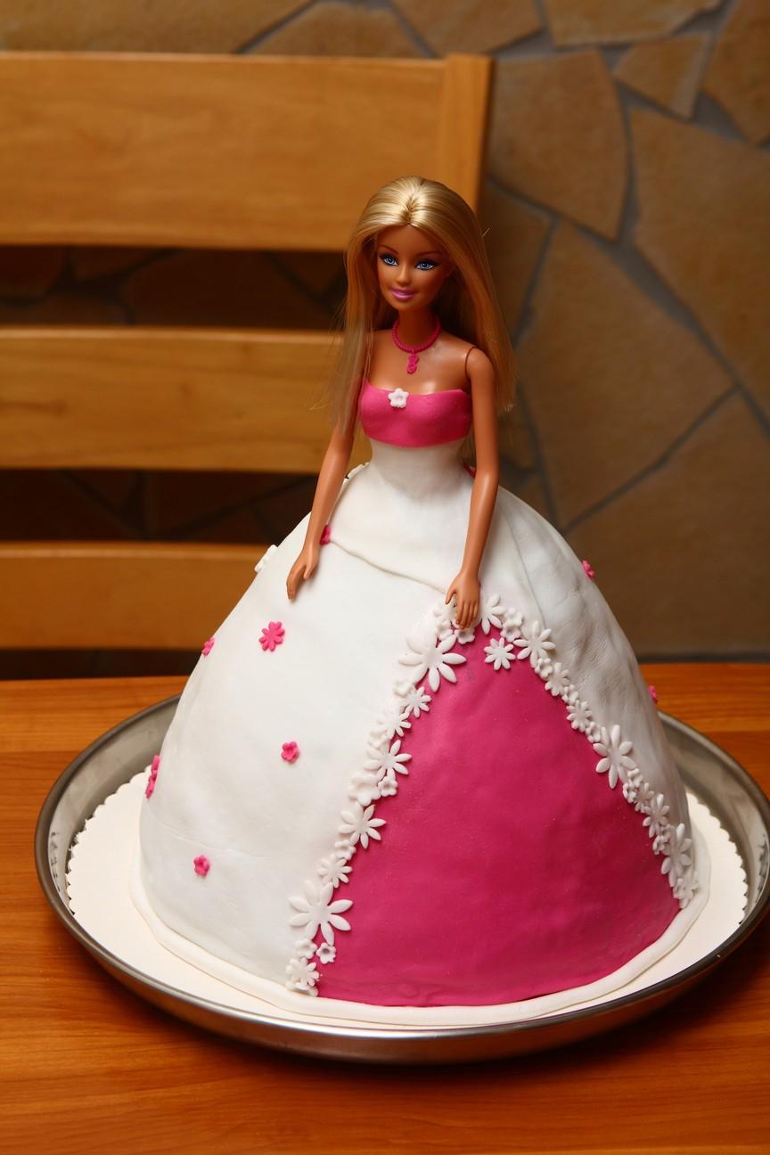 barbie torta képek Picuki: Barbie torta barbie torta képek