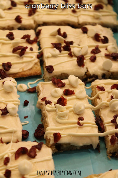 Cranberry Bliss Bars #recipe #Starbucks #cranberry #copycat #bars #dessert