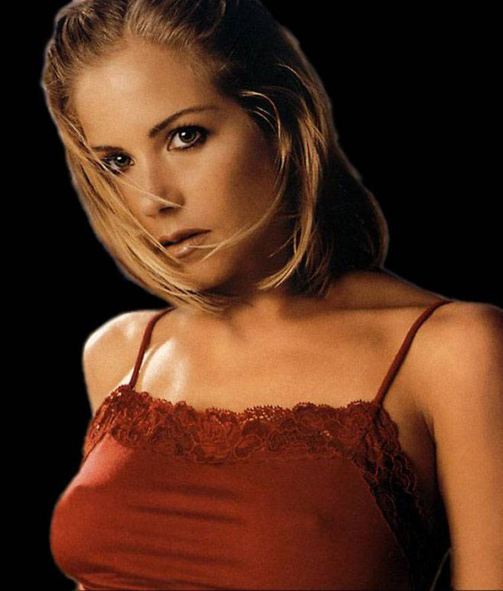 Sexy pics of christina applegate