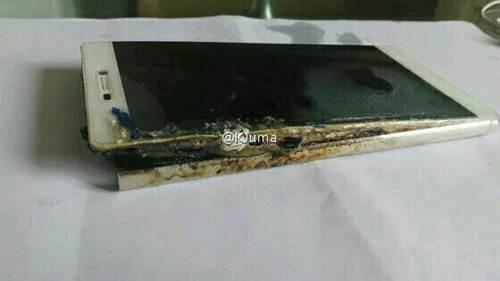 Huawei P8 dikabarkan Meledak dan Terbakar