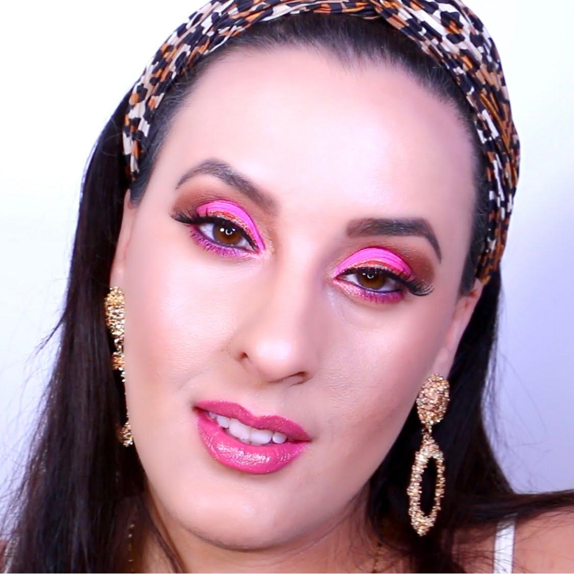 NEON-Pink-Gold-Makeup-Vivi-Brizuela