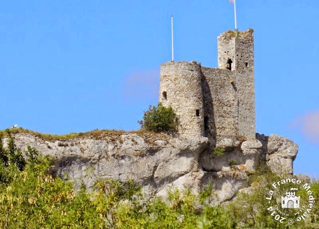 AIGUEZE (30) - Château-fort