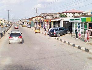 VIDEO: Bribe-seeking SARS men keep Lagos businessman in toilet for hours