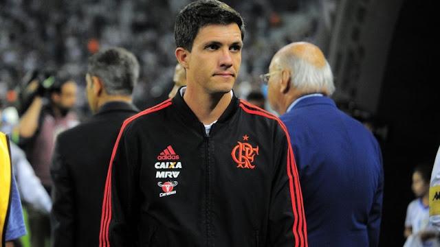 Flamengo demite Barbieri e conversa com Dorival Junior