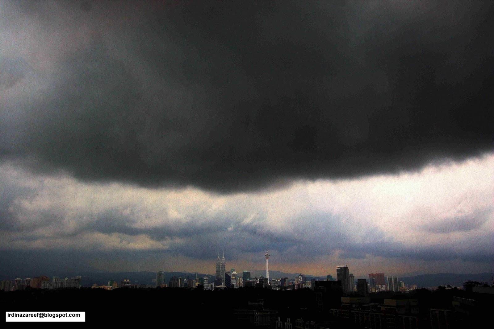IrdinaZareef Gambar awan penyebab Kajang banjir besar