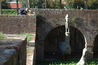 Gustavo Aceves horses migration sculpture exhibition Lapidarium Passo Sospeso Lucca Italy public art