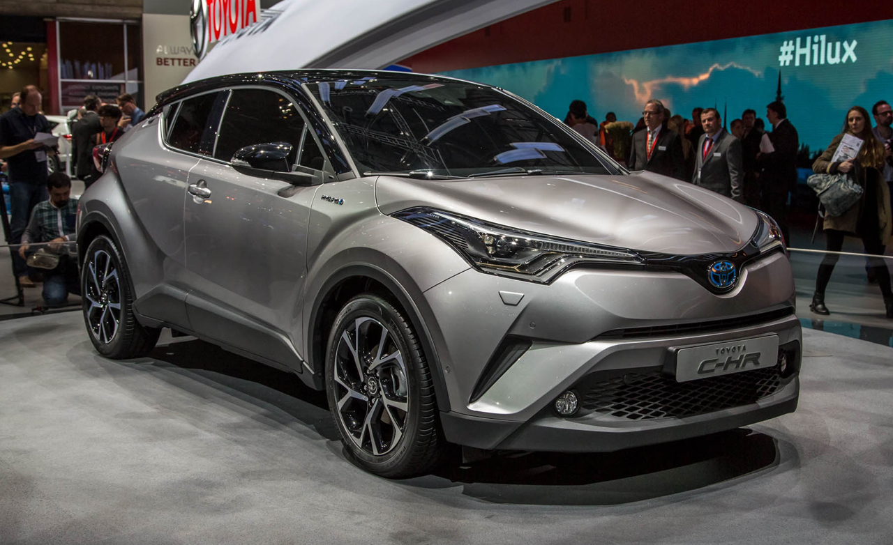 2017 Toyota C-HR Usa: A Funky CUV for the Subcompact Crowd