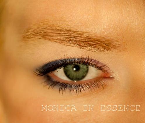monicainessence, blg, kozmetika, líčenie, blondínka, ryšavka, stužková
