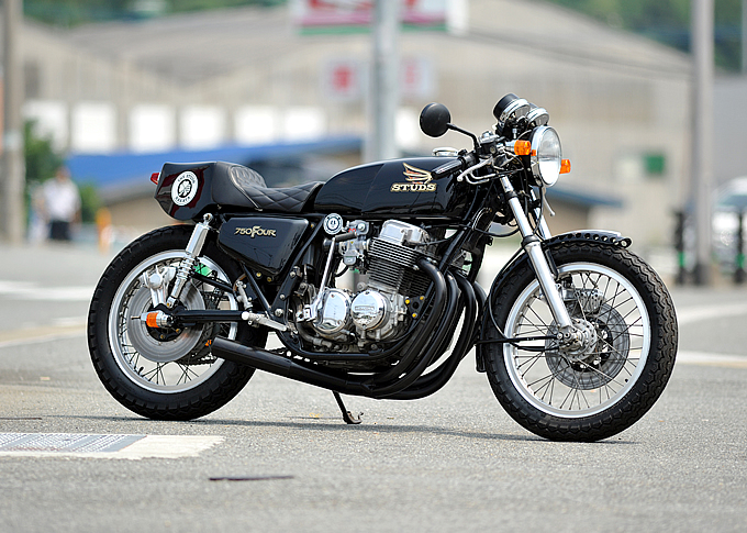 racing caf honda cb 750 four by studs. Black Bedroom Furniture Sets. Home Design Ideas