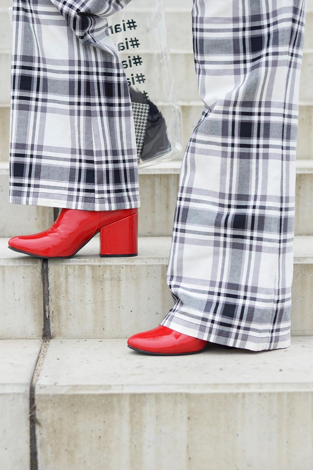 lakierowane botki, botki Stradivarius, red boots