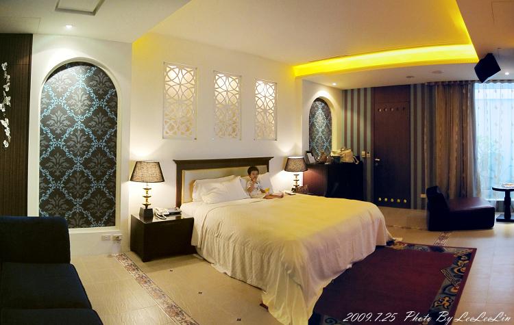 悅萊時尚精品旅館|極緻天光房型