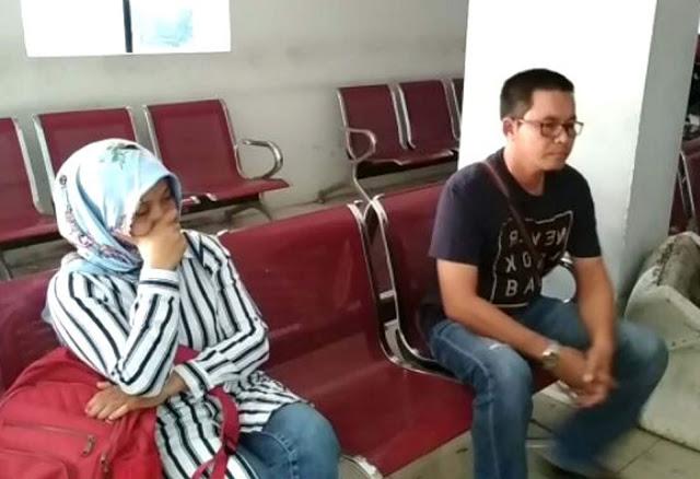 Surio Retno Sari bidan puskesman Tapian Dolok dan selingkuhannya.