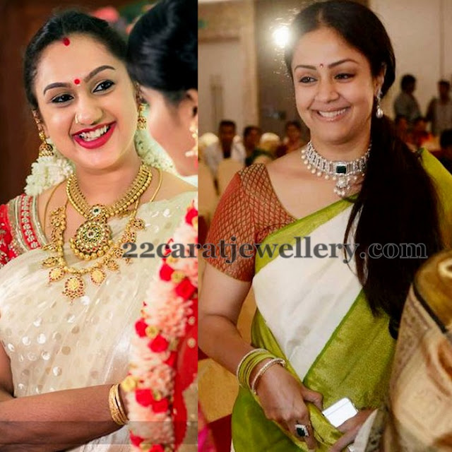 Preeta And Jyothika At Sr Prabhu Wedding Jewellery Designs