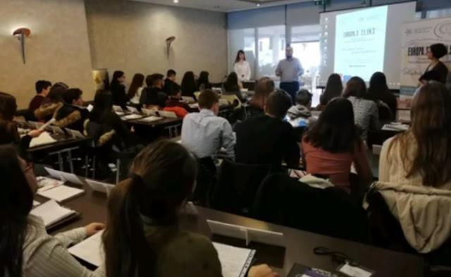 """Στην ΕΡΤ1 θα προβληθεί η συμμετοχή μαθητών από το Ναύπλιο στο έργο του Erasmus+ με τίτλο """"EUropaS TEENS"""""""