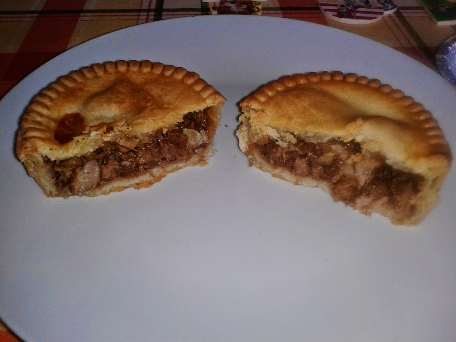 Pocklington's Steak Pie - Microwaved Edition