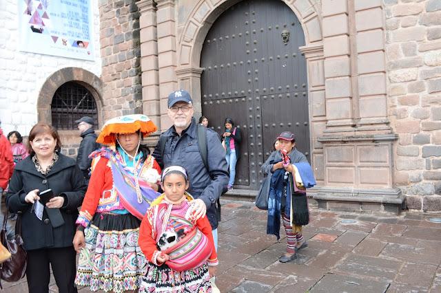 Ulusal giysi Peru