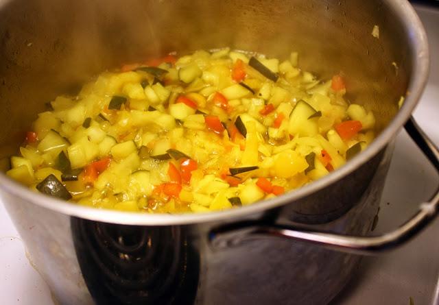 Zucchini relish brine