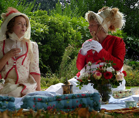 A Regency picnic in the park