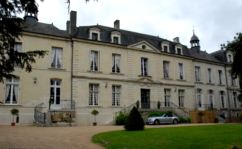 Hotel chateau de beaulieu business plan