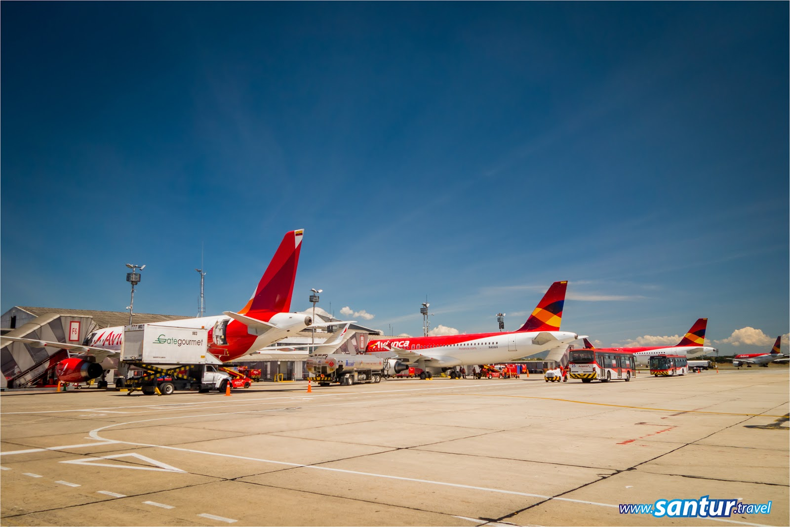 aerocivil, aerolinea, Aeropuerto Internacional el Dorado, Agencia de Viajes, Avianca, Bogota, Bucaramanga, Call center, Cambio de Horario, Cambio itinerario, Colombia, pasajeros, Reservas