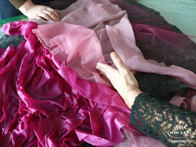 Filcowanie sukienek w Akademii Rękodzieła BOCIAN