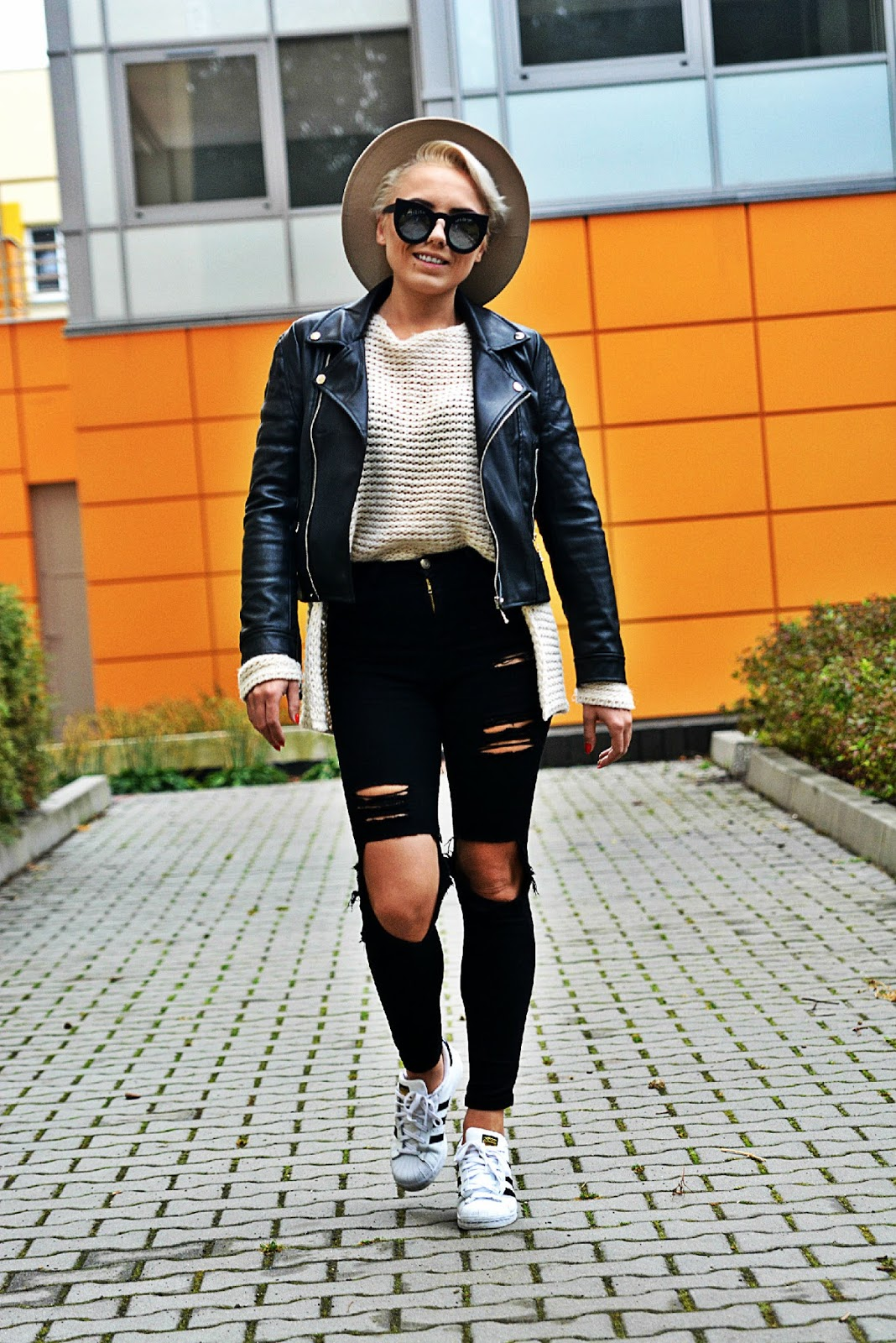 black_biker_jacket_beige_hat_karyn