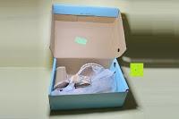 Verpackung öffnen: Alexis Leroy Blockabsatz Blume gedruckt Damen Offene Sandalen mit Keilabsatz