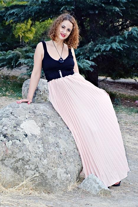 Outfit-Maxi-Falda-Plisada-5