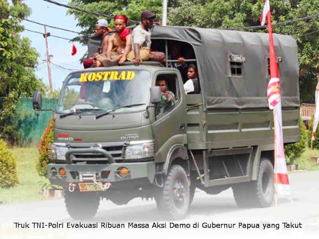 Truk TNI-Polri Evakuasi Ribuan Massa Aksi Demo di Gubernur Papua yang Takut