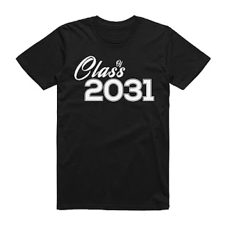 Funny Class of 2031 Grow With Me T-Shirt Back to School Gift